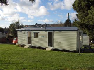 2 bedroom Caravan/mobile home with Television in Trenance - Trenance vacation rentals