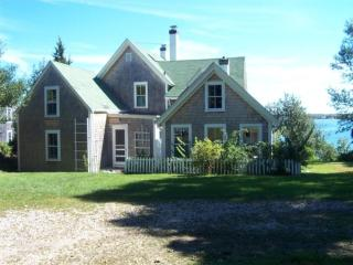 Vintage Waterfront Home with Beach 116777 - Vineyard Haven vacation rentals