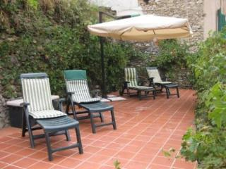 2 bedroom Villa with Internet Access in Pigna - Pigna vacation rentals