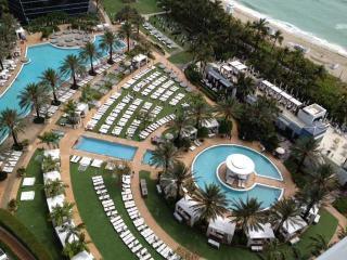 OceanFront Suite! BOOK TODAY - Miami Beach vacation rentals