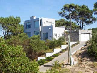 Beach Villa on a high dune - Punta del Este vacation rentals