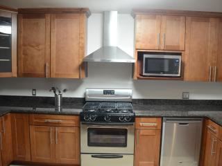 Stunning, Remodeled 2BR Near Stanford, Facebook - Menlo Park vacation rentals