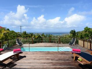 Blue Horizon - Ideal for Couples and Families, Beautiful Pool and Beach - Camaruche vacation rentals