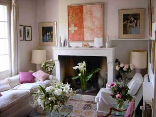 Lovely Townhouse with Internet Access and Satellite Or Cable TV - Uzes vacation rentals