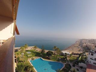 LIVIN4MALAGA - CARIHUELA APARTMENT - TERRACE - Torremolinos vacation rentals