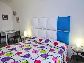 Glamor Studio in old town - Cefalu vacation rentals