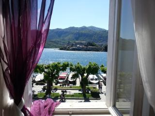 APARTMENT ORTA CENTRE - on the waterfront - Orta San Giulio vacation rentals