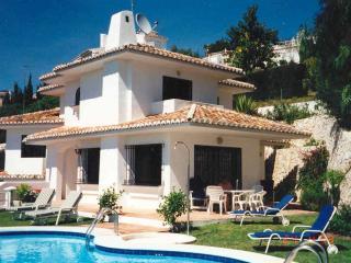VILLA CORRIB - Fuengirola vacation rentals