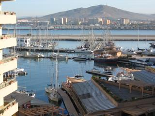 Nice 2 bedroom Gibraltar Apartment with Internet Access - Gibraltar vacation rentals