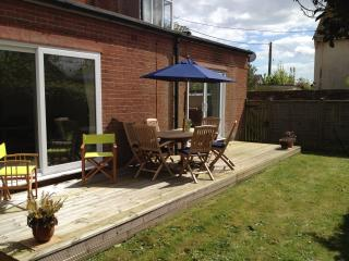Nice House with Deck and Internet Access - Aldeburgh vacation rentals