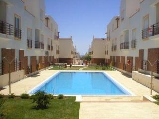 Bright 2 bedroom Tavira Condo with A/C - Tavira vacation rentals