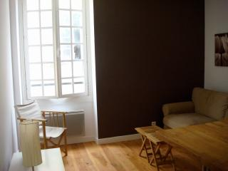 Beach studio, Old Town, Nice - Nice vacation rentals