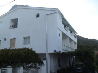 Nice Condo with Internet Access and A/C - Zaostrog vacation rentals