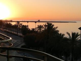 PISO FRENTE AL MAR - Segur de Calafell vacation rentals