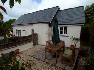 Nice Cottage with Internet Access and Outdoor Dining Area - Llangrannog vacation rentals