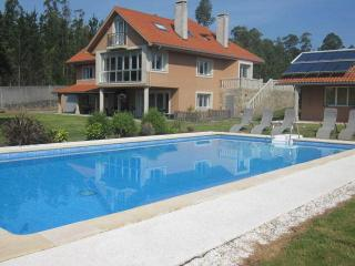6 bedroom House with Internet Access in Santiago de Compostela - Santiago de Compostela vacation rentals