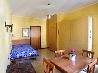 Casa Vacanze Arechi II - Salerno vacation rentals