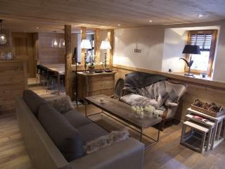 Charming Condo with Internet Access and Balcony - La Clusaz vacation rentals