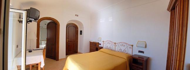 Villa Mirabella B - Image 1 - Nocelle di Positano - rentals