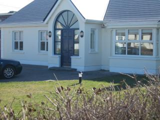 Bright Bungalow with Television and Microwave - Enniscrone vacation rentals