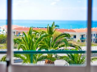 Sea view in Ribeira D'Ilhas - Ericeira vacation rentals