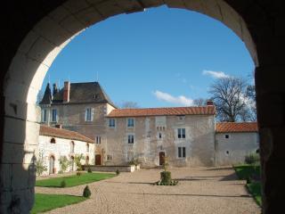 Nice Richelieu Chateau rental with Internet Access - Richelieu vacation rentals