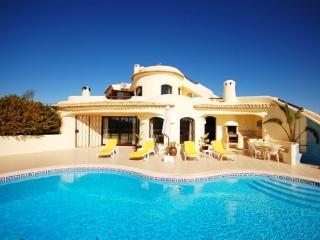 Villa Mena - Guia vacation rentals