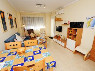 ALICANTENEW RESORT BEACH & CITY - Alicante vacation rentals
