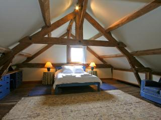 The Cider Press - a perfect romantic bolt hole - Barenton vacation rentals