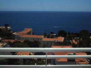 TWO BEDROOM APARTMENT - LIDO/FUNCHAL - Funchal vacation rentals