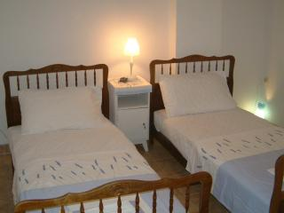 Comfortable Narbonne vacation House with Kettle - Narbonne vacation rentals