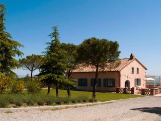 5 bedroom Villa in Montepulciano, Siena and surroundings, Tuscany, Italy : ref 2293995 - Sant'Albino vacation rentals