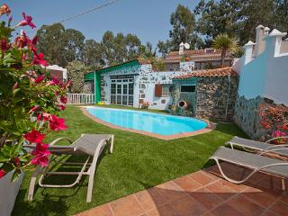 Holiday cottage with pool in Firgas GC0024 - Villa de Moya vacation rentals