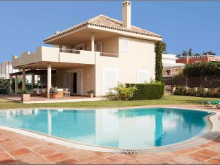 Nice Villa with Internet Access and Tennis Court - Marbella vacation rentals