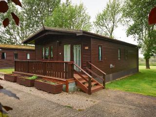 Swans Rest holiday cottages - Heron Lodge - Poulton Le Fylde vacation rentals