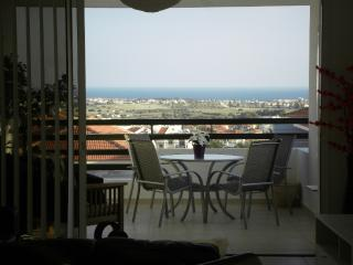 Excellent Sea View Apartment With FREE WiFi - Oroklini vacation rentals