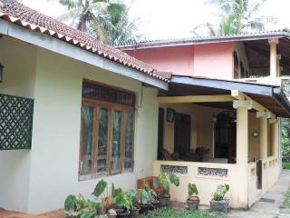 Cozy 2 bedroom Condo in Kandy - Kandy vacation rentals