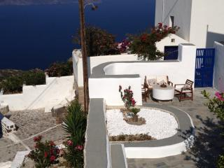 Mata' House - Milos vacation rentals