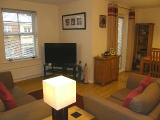 EMBLA: 4 STAR Tourist Board Approved - South Shields vacation rentals