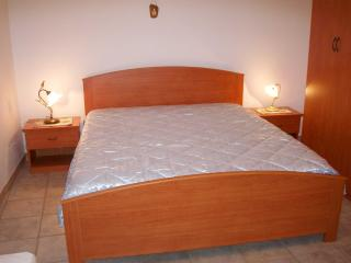 Cozy 3 bedroom B&B in Soleto with Grill - Soleto vacation rentals
