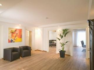 Vacation Apt. Am Kurpark Apt3 - Garmisch-Partenkirchen vacation rentals