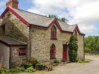 MAESGWYN rural location, pet-friendly, great walking area in Cardigan Ref 905771 - Cardigan vacation rentals