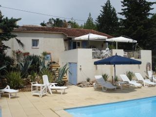 Nice Villa with Internet Access and Outdoor Dining Area - Lorgues vacation rentals