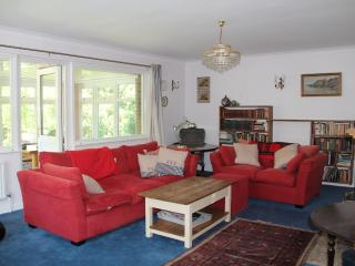 Charming House with Internet Access and Dishwasher - Yarmouth vacation rentals