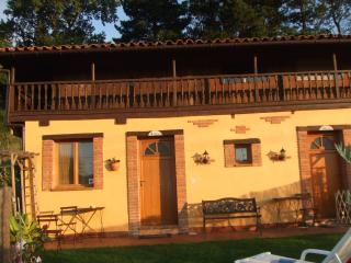 Romantic 1 bedroom Vacation Rental in Gijón - Gijón vacation rentals