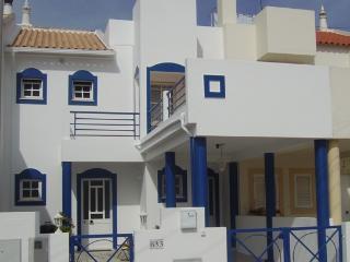 2 bed Apartment in Townhouse, Portimao (Alvor) - Portimão vacation rentals