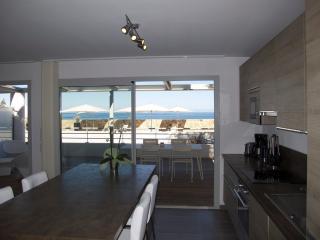 Luxury Apartment -Ground floor - Ile Rousse vacation rentals