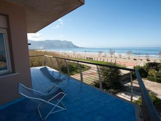 Comfortable 3 bedroom House in Isola Delle Femmine - Isola Delle Femmine vacation rentals