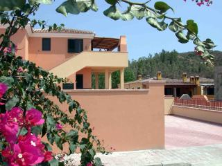 VILLA BOUGANVILLE n. 32, Very nice apartment - Cala Liberotto vacation rentals