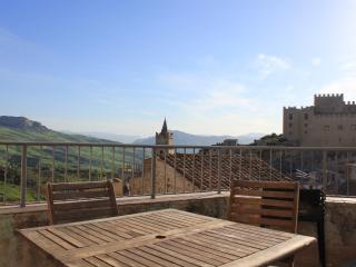 Sicily Townhouse -The BoltHole - Caccamo vacation rentals